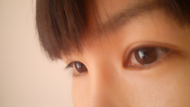 綺麗な瞳の少女